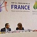 France info desk (23365006772).jpg