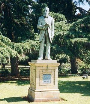 Francis William Reitz - Statue of Francis William Reitz in Bloemfontein