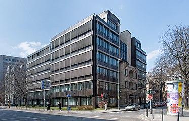 Frankfurt Wiesenhüttenplatz 25.Gutleutstraße 74.20130402.jpg