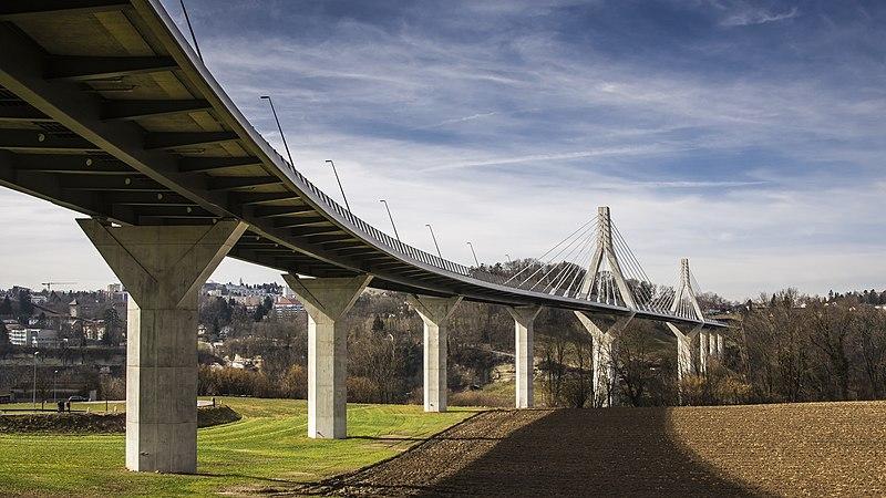 Fribourg, Poya-Brücke 01.jpg