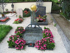 Friedrich Gulda - Friedrich Gulda's grave in Steinbach am Attersee