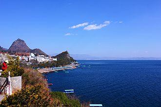 Fuxian Lake - Fuxian Lake and Luchong Scenic Resort