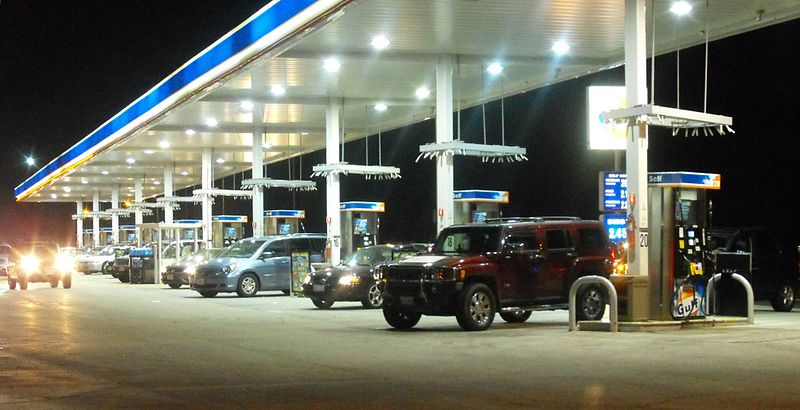 File:GasBar LongWeekend.jpg