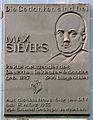 Gedenktafel Gneisenaustr 41 (Kreuzb) Max Sievers.JPG