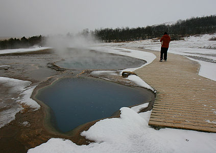 Geothermal pools near Geysir.jpg