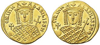 Irene of Athens - Gold solidus of Empress Irene Sarantapechaina, depicting her bust on both the obverse and reverse sides
