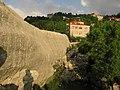 Golden stone ^ Lush background - panoramio.jpg