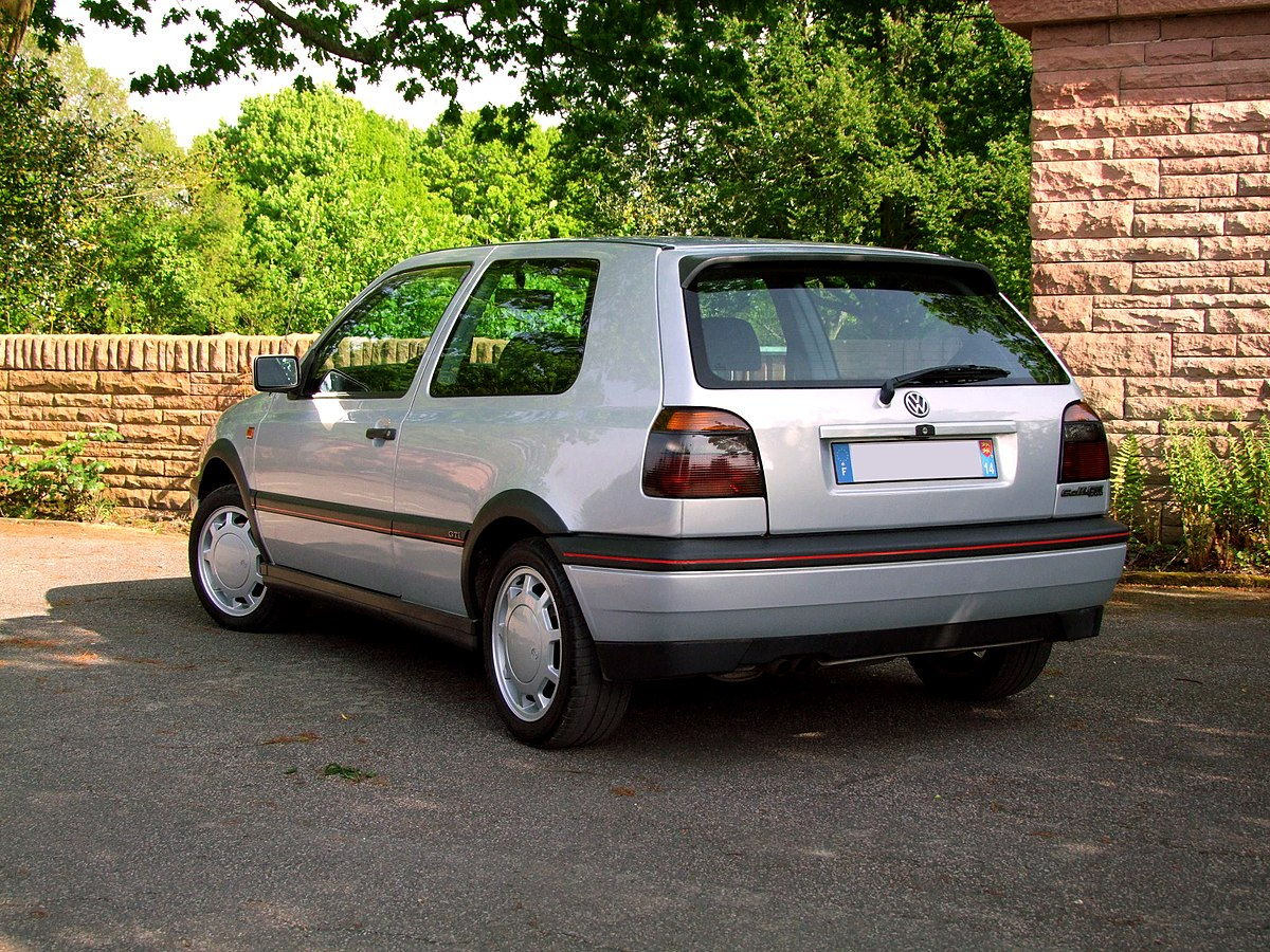 Volkswagen golf iii wikip dia for Interieur golf 3 vr6