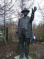 Gottlieb Duttweiler Statue im Park im Grüene 01.jpg