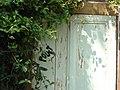 Graffiti Pouet sur porte garage.jpg