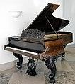 Grand Piano MET DT8236.jpg