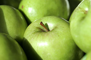 Apples (Granny Smith variety pictured) are amo...