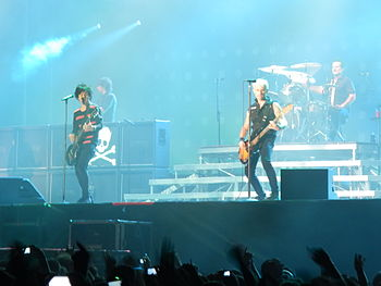 Green Day (5. Juni 2013) Von links nach rechts: Billie Joe Armstrong, Mike Dirnt und Tré Cool.