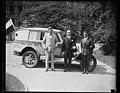 "Group at White House with automobile ""Around the World Tour, Boy Sc... Washington, D.C. LCCN2016888502.jpg"