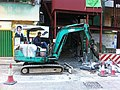 HK Sheung Wan 上環 士丹頓街 Staunton Street construction site machine driver Dec-2010.jpg