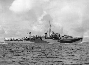 HMS Starling (U66) - HMS Starling (U66) underway in 1943