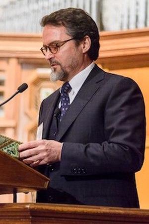 Hamza Yusuf - Hamza Yusuf at Yale University, 2016.