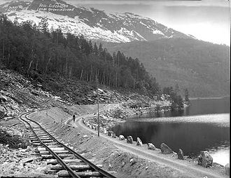 Hardanger Line - During construction along the lake Granvinvatnet in 1927