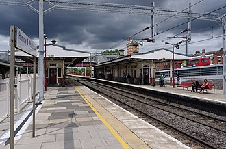 Harrow & Wealdstone station - Image: Harrow and Wealdstone station MMB 07