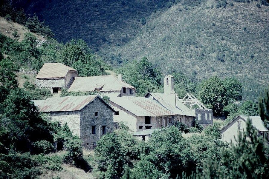 Hautes-Alpes Agnielles Village 071983