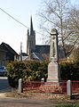 Havernas monument-aux-morts et église 1.jpg