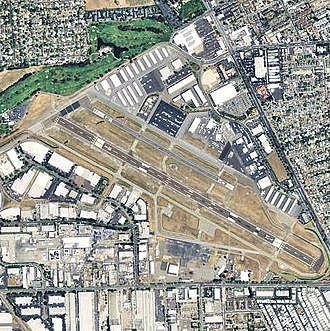 Hayward Executive Airport - USGS 2006 orthophoto