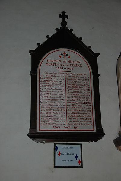 Eglise de Helléan (Morbihan) - Monument aux morts paroissial