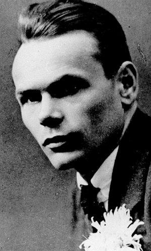 Henrik Visnapuu - Visnapuu in 1917