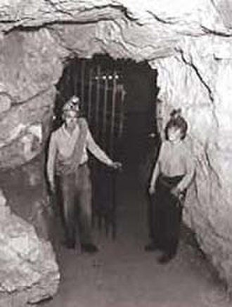 Jewel Cave National Monument - Jan and Herb Conn