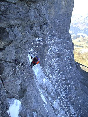 1936 Eiger north face climbing disaster - On the Hinterstoisser traverse