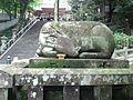Hiraoka-jinja Shika no zou.jpg