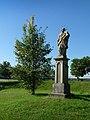 Hluboká nad Vltavou - socha Jana Nepomuckého.jpg