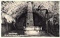 Hohentübingen. Brunnen im Schlosskeller (AK 542184 Gebr. Metz vor 1947).jpg