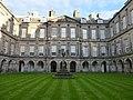 Holyrood Palace courtyard (geograph 3774876).jpg