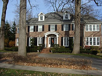 Winnetka, Illinois - The house featured in the film Home Alone and in the beginning of its sequel Home Alone 2: Lost in New York