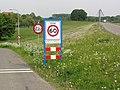 Hulhuizen (Lingewaard) welkomstbord.JPG