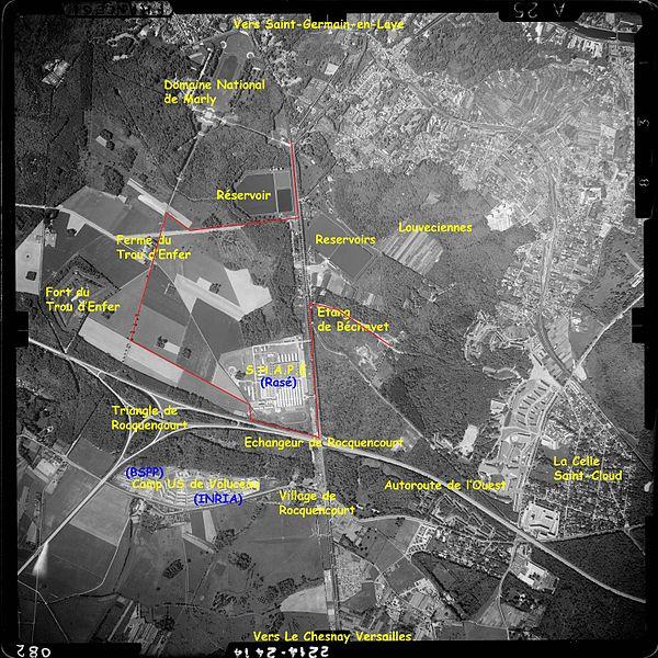 Vue aérienne du SHAPE prise le 13 mai 1961 par l'Institut Géographique National. Librement téléchargeable sur Géoportail.fr. Commentaires Jean-Luc Cavey