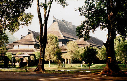 Ceremonial Hall, Bandung Institute of Technology, Bandung, by architect Henri Maclaine-Pont ITB 1.jpg