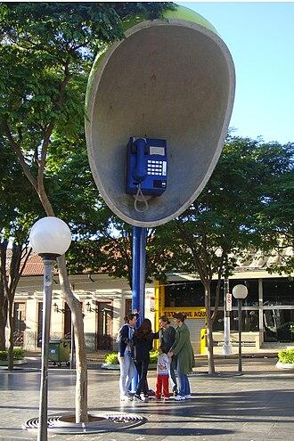 Itu, São Paulo - Image: ITU 07 2009 Giant Phone 6037