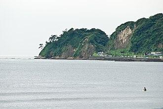 Inamuragasaki - The Kamakura side of Inamuragasaki.