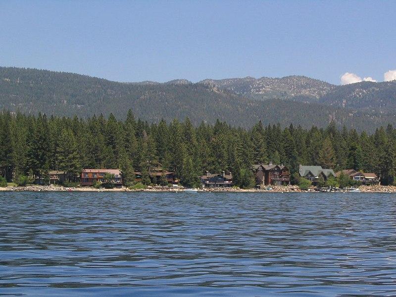 File:Incline Village, Lake Tahoe, Nevada (112791987).jpg