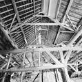 Interieur schuur met kapconstructie - Heijningen - 20337301 - RCE.jpg
