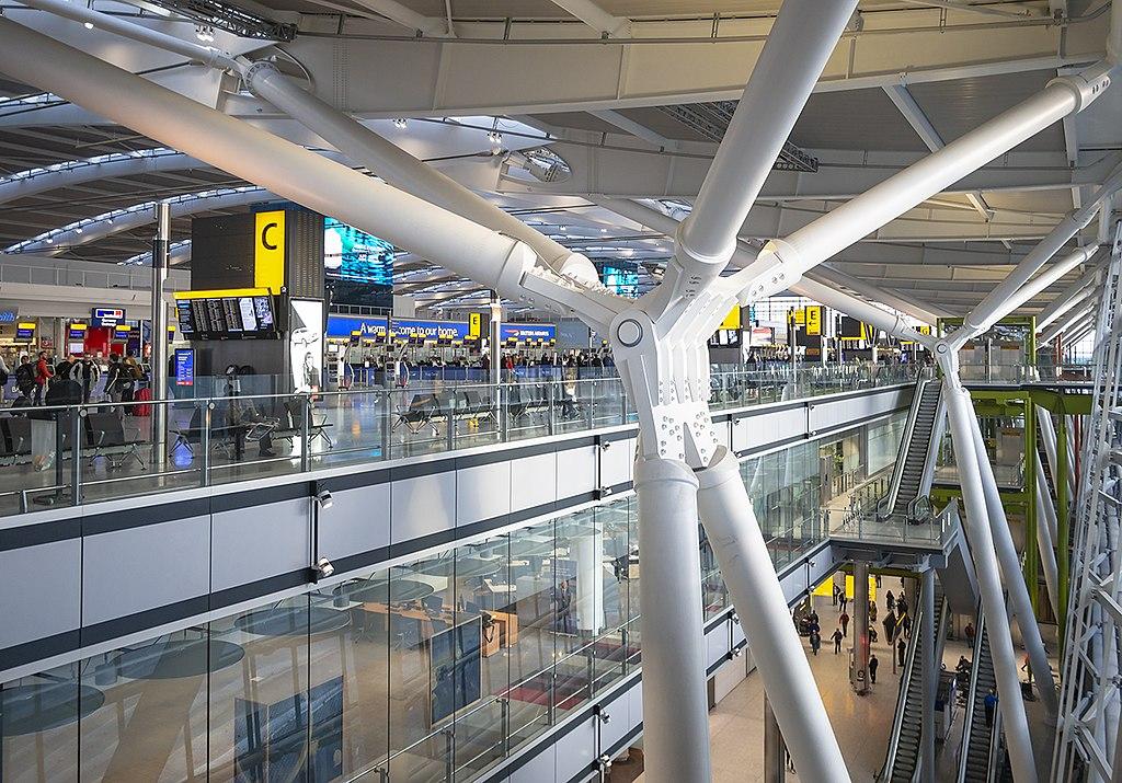 Interior, Heathrow Terminal 5 (geograph 6066290)