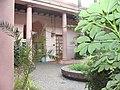 Interior del pátio de palmeras.jpg