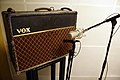 Jérômes Vox AC30 with ShinyBox and Shure SM57, 2011-01-23 14 40 45.jpg