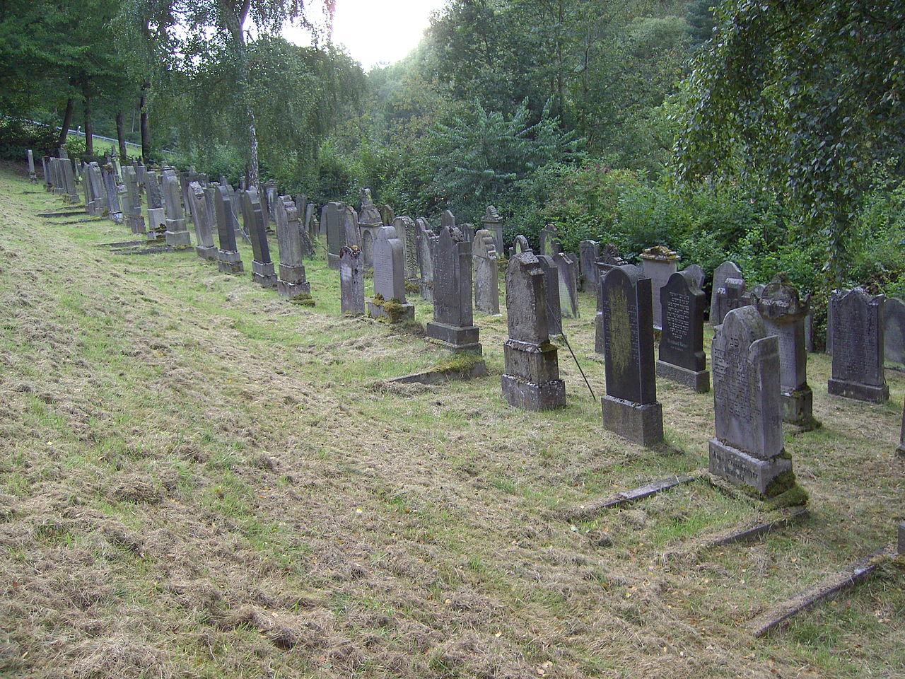 Jüdischer Friedhof Burghaun 10.JPG