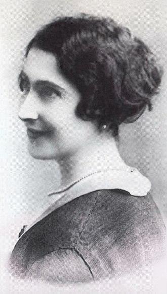 Jeanne Calment - Calment at age 40 in 1915