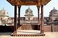 Jehangir Mahal - panoramio.jpg