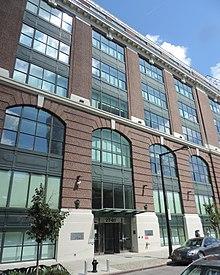 Brewster Building Queens Wikipedia