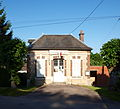 Jeuilly-FR-89-mairie-04.jpg